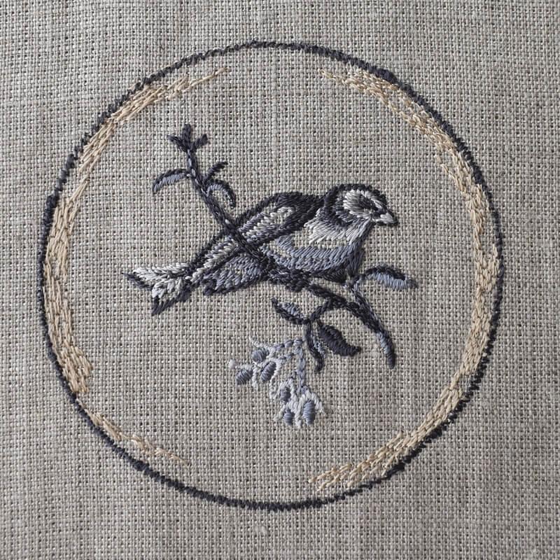 プレート小鳥刺繍イメージ