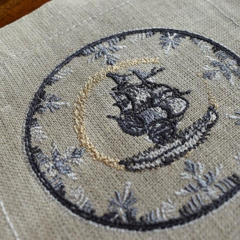 プレート舟刺繍よこ