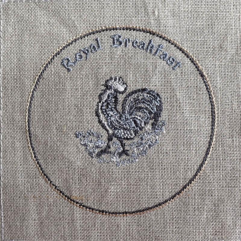 プレートニワトリ刺繍イメージ
