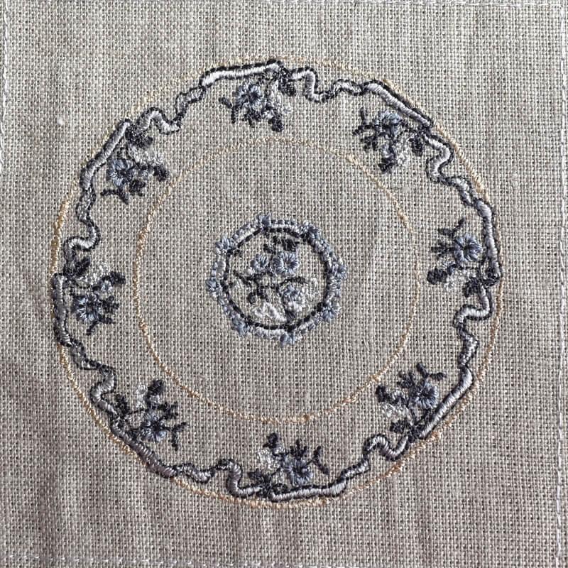 プレートフラワーリボン刺繍イメージ