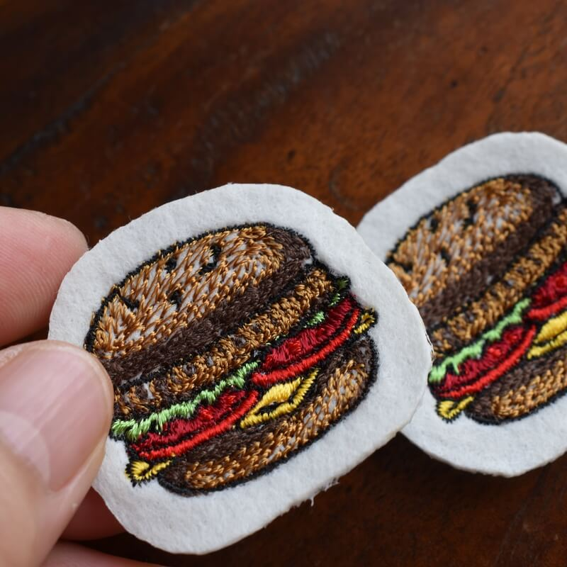 チーズハンバーガー刺繍ハンド