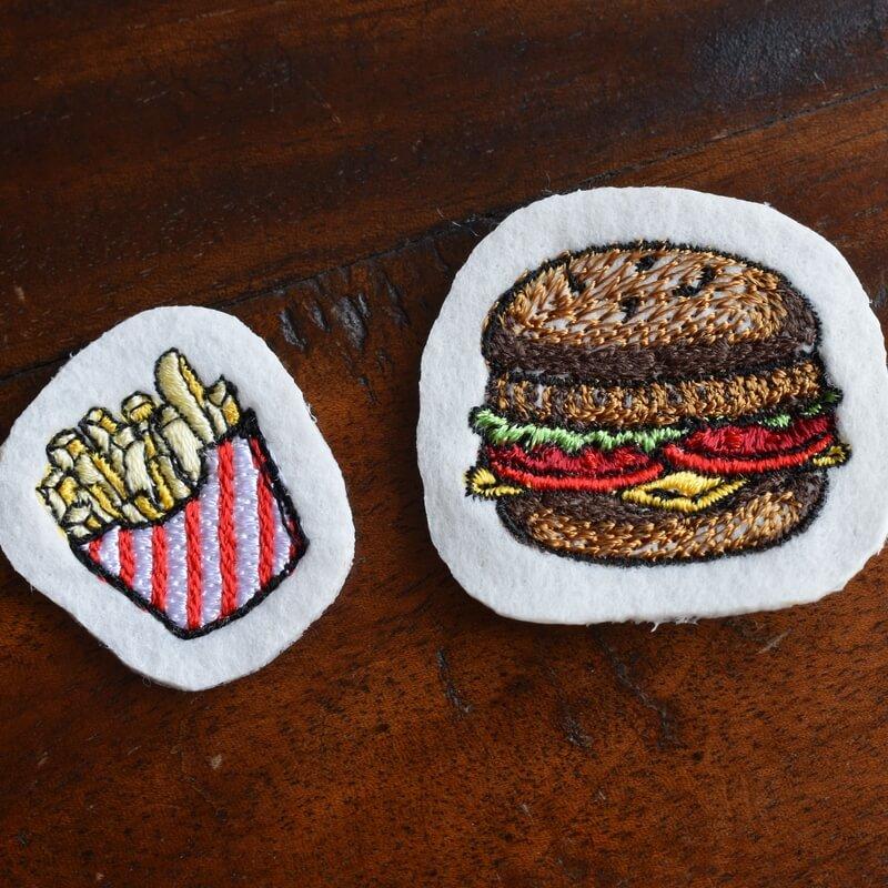チーズハンバーガー刺繍ポテトRegular