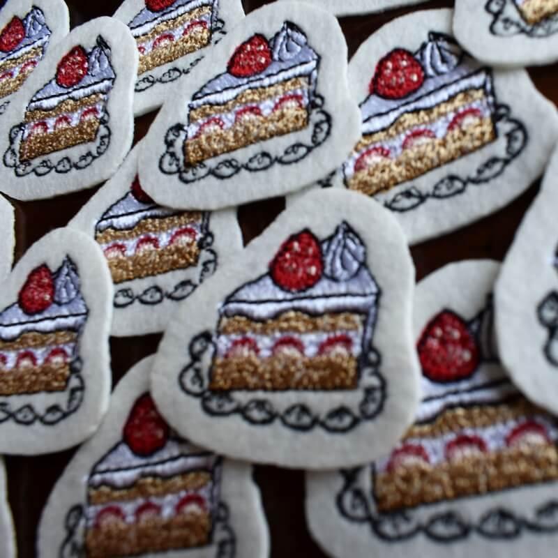 イチゴショートケーキ刺繍アップ沢山