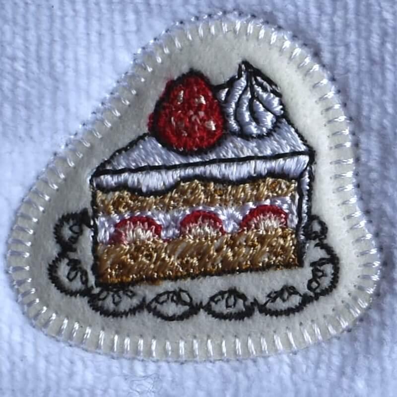 イチゴショートケーキ刺繍タオル
