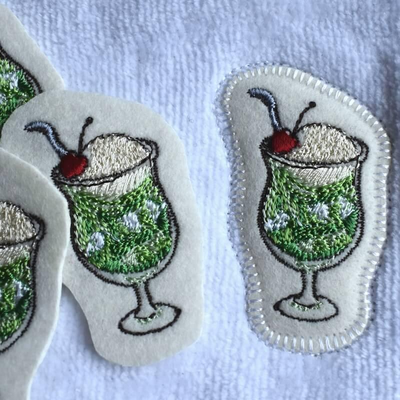 クリームソーダ刺繍ハンカチステッカー