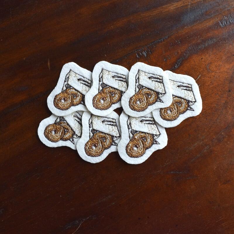 ドーナツ刺繍7個