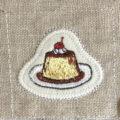 プリン刺繍トップ