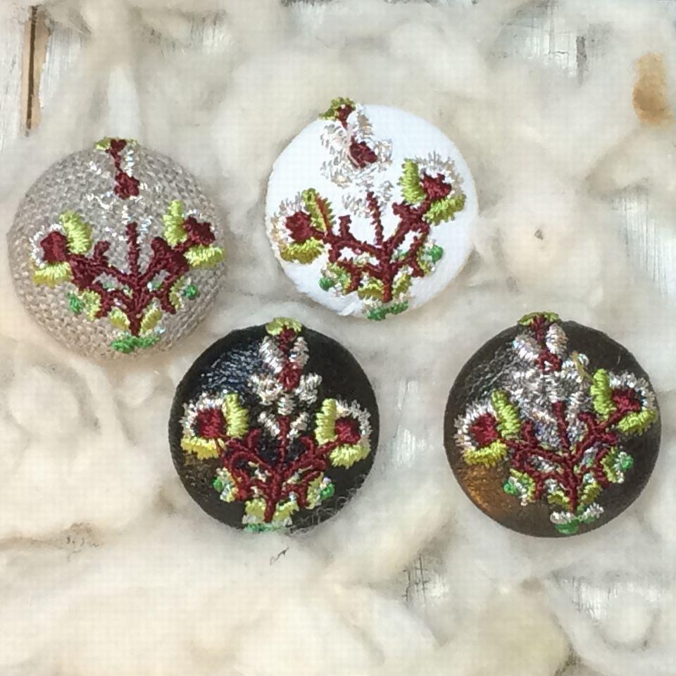 花3輪Hungary[銀]刺繍ボタン4種