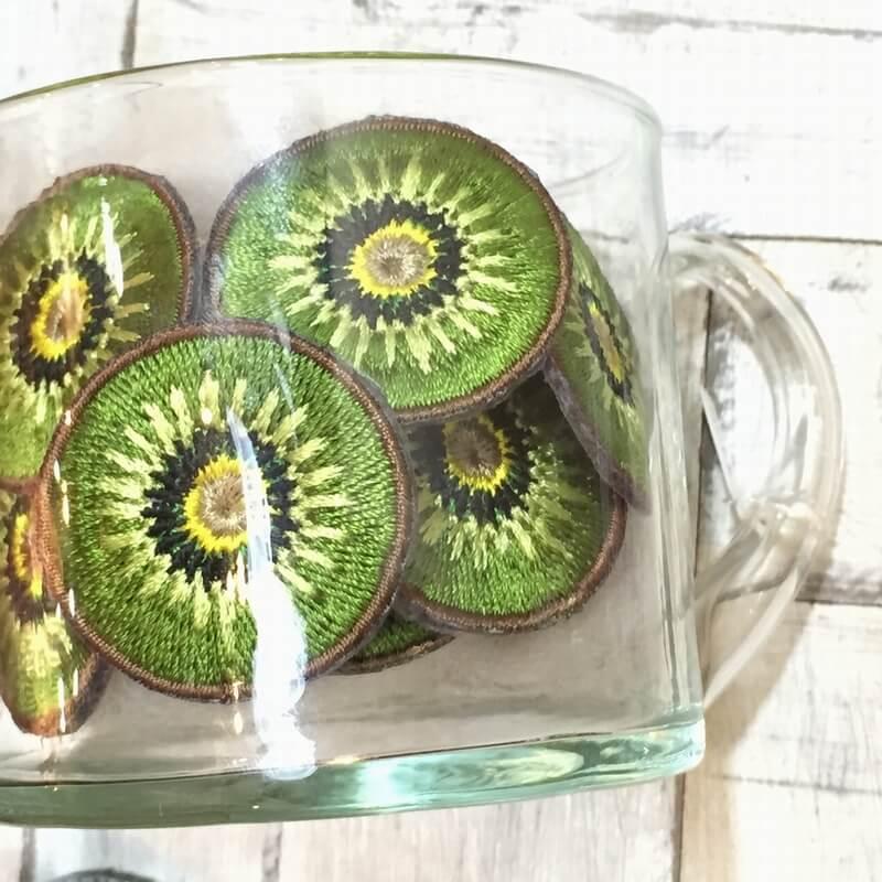 刺繍ワッペン/キウイグラス
