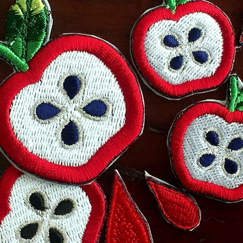 刺繍ワッペン/リンゴアップ