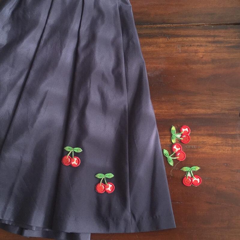 刺繍ワッペン/チェリースカート全体アップ