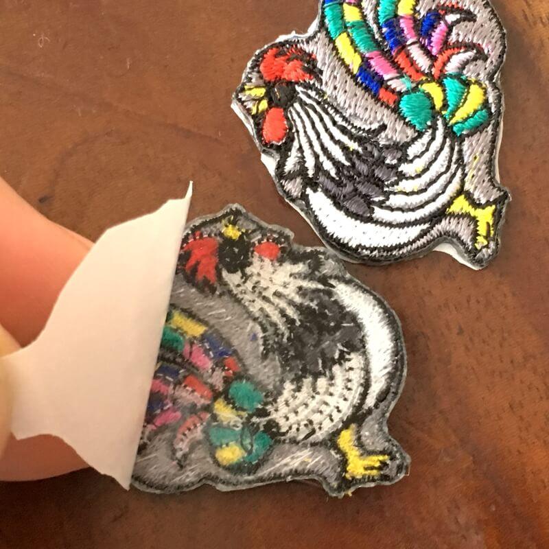虹色風見鶏刺繍背面