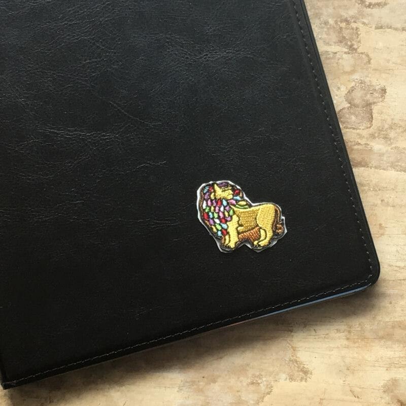 虹色ライオン/刺繍iPad