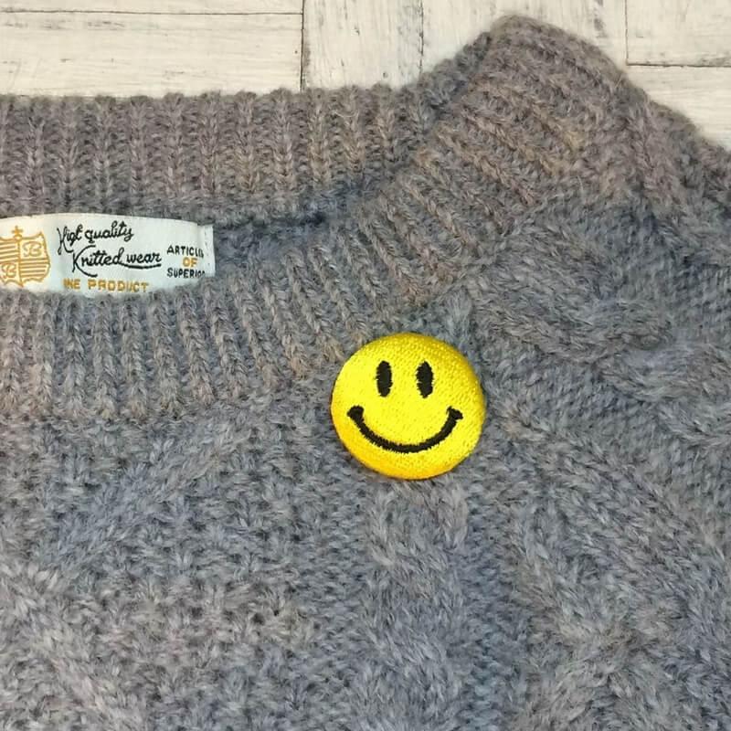 ニコちゃんマーク[S][M][XL]くるみセーター