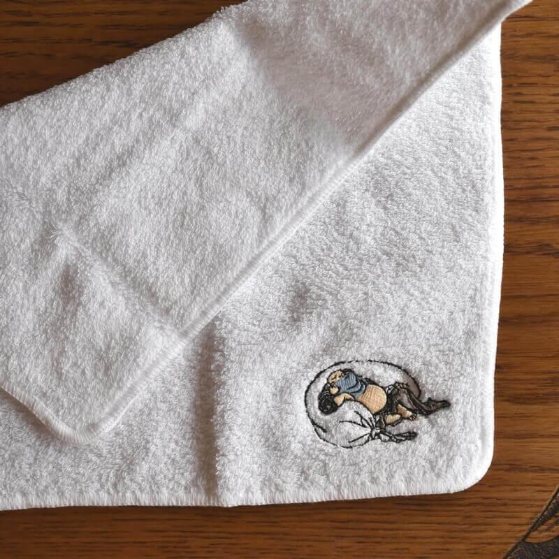 神頼み北斎漫画[浮世絵刺繍]布袋さまのタオル半分折り