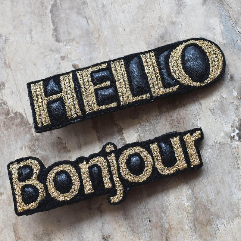 ボンジュール[Bonjour]刺繍クリップHELLOと2個