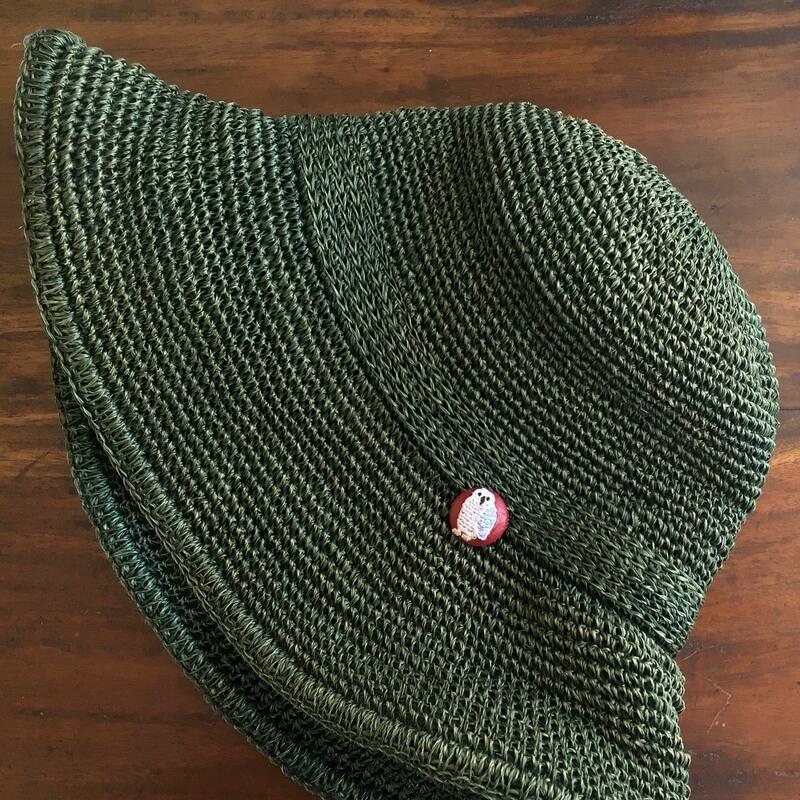 フクロウ22刺繍ボタン帽子