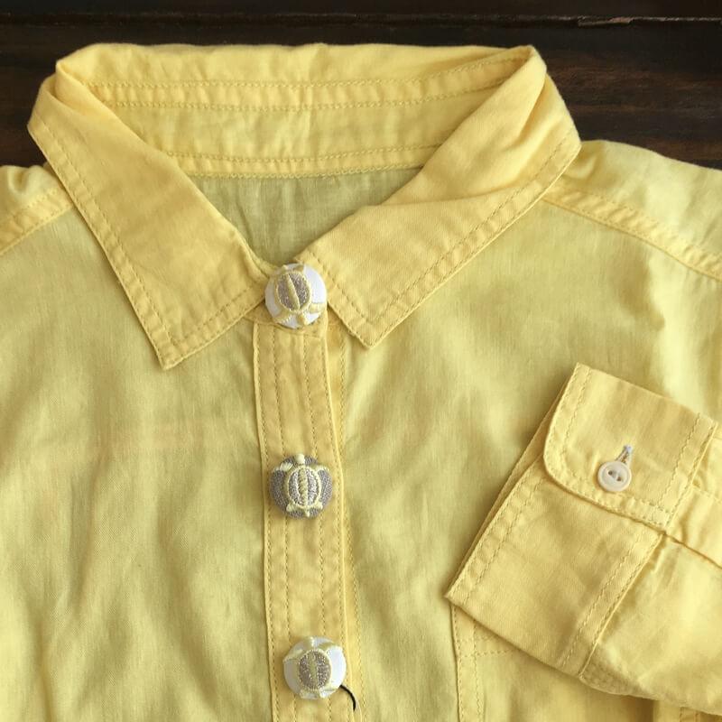 ホヌ22刺繍ボタンシャツ