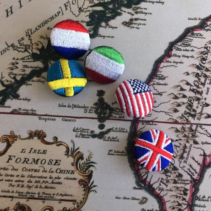 国旗22刺繍ボタン地図