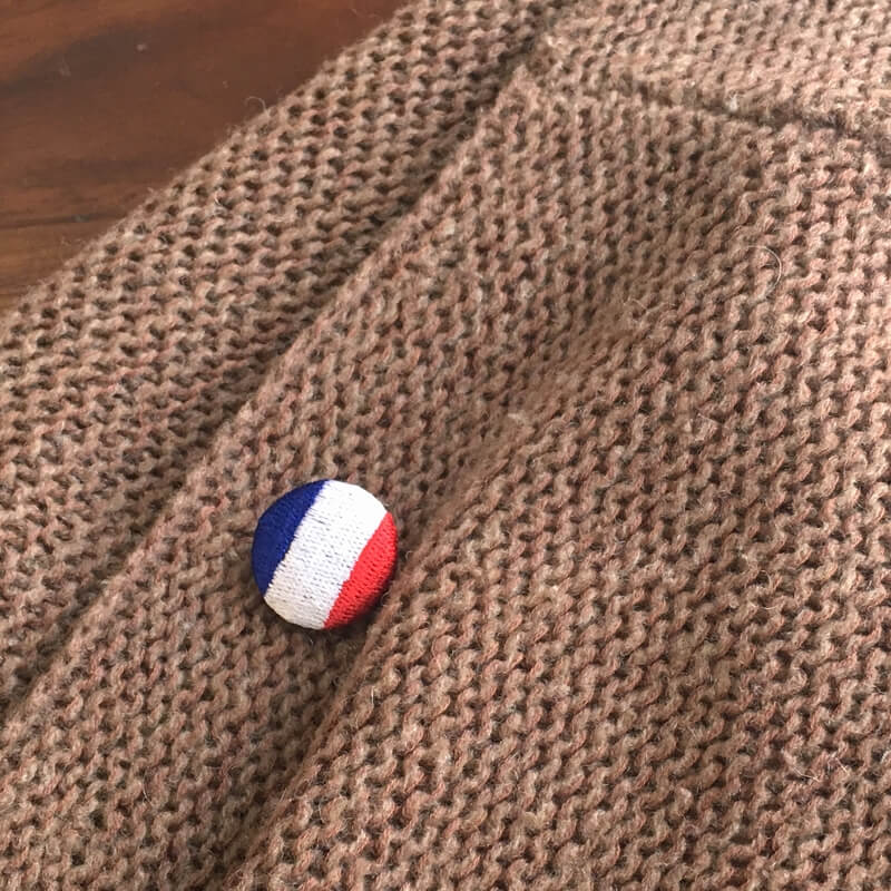 国旗22刺繍ボタンベスト